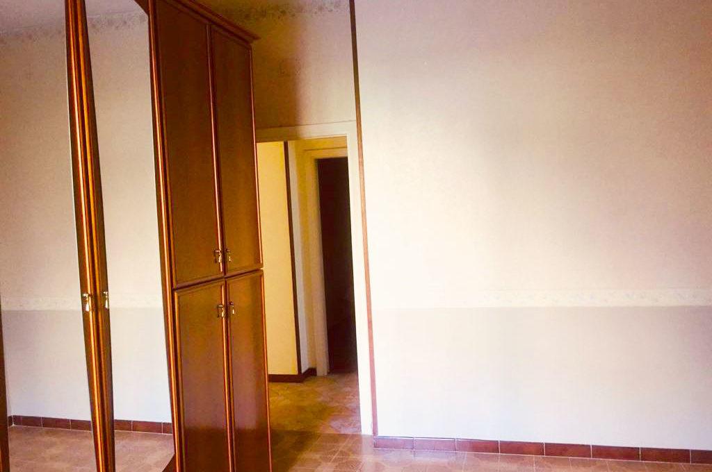 appartamento via tiberio camera
